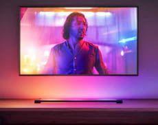 Der Philips Hue Play Gradient Light Tube stattet TVs beim Video-Streamen mit Ambilight aus