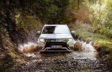 Mitsubishi Outlander Plug-in-Hybrid im Offroad Einsatz