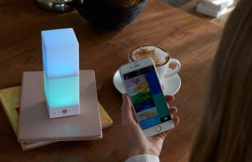 Onia LED-Lampe mit Appsteuerung