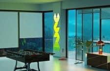 Kreative Lichtgestaltung: Die Leuchtpanele des Nanoleaf Aurora Smarter Kits lassen sich beliebig arrangieren