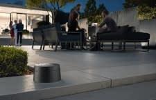 Der neue Outdoor-dLAN-Adapter sorgt zum Beispiel bei der nächsten Party für gute Musik