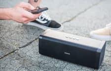 DOCKIN D FINE - mobiler Bluetooth-Speaker und Powerbank in einem