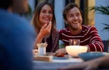 Alle Philips Hue Leuchtmittel sind Drinnen und Draußen per App steuerbar