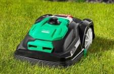 Das Rasenmähen dem Roboter überlassen? ALDI bietet hierfür günstige Gelegenheit