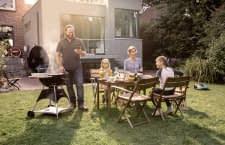 Der Mähroboter Bosch Indego 350 und Connect übernehmen die komplette Rasenmäharbeit